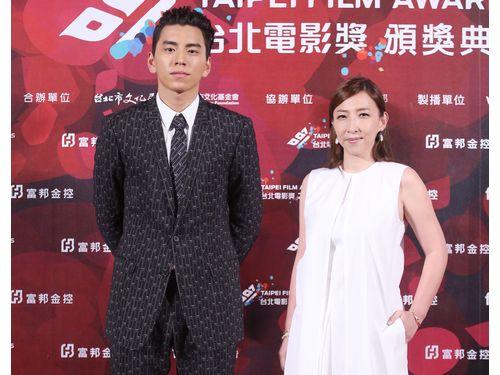 左から「我的少女時代」のダレン・ワン(王大陸)、チェン・ユーシャン(陳玉珊)監督