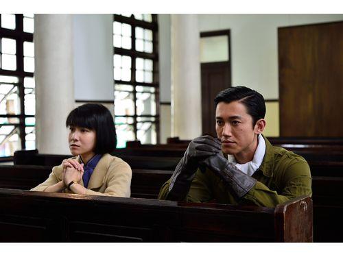 「一把青」のシンディー・リエン(左、公視提供)