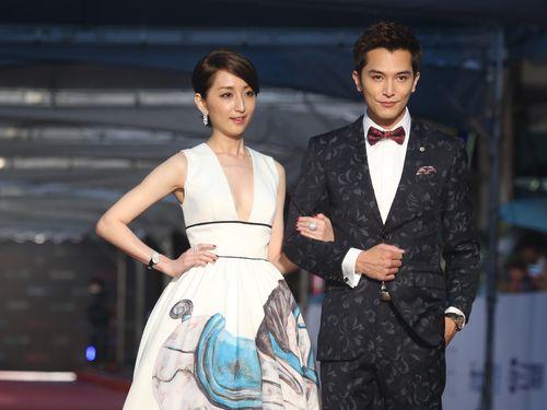 第51回電視金鐘奨(3) レッドカーペットはスターが美の競演