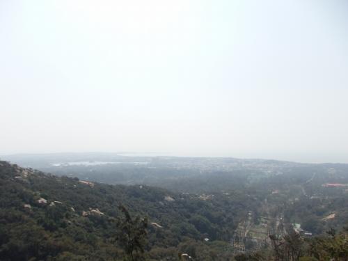 「毋忘在キョ」の付近から見える景色(キョ=くさかんむりに呂)