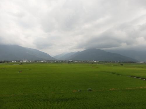 池上の田園風景=田辺倶楽部から撮影