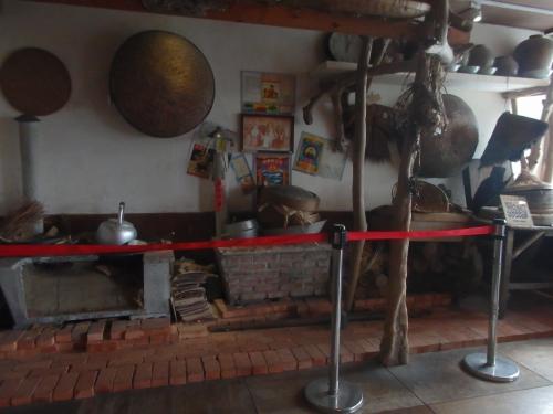 池上飯包文化故事館では池上弁当の歴史や関連の文物を紹介。レトロな雰囲気があふれ、観光スポットとして知られている。手がけるのはチェーン店「悟饕池上飯包」の運営会社