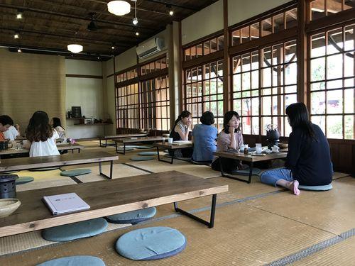 台北メトロ(MRT)西門駅から徒歩5分ほどの場所にあるこの京都の雰囲気漂う茶屋「八拾捌茶輪番所」では、台湾茶が味わえる。台湾の人気ドラマのロケ地にもなったこともある。
