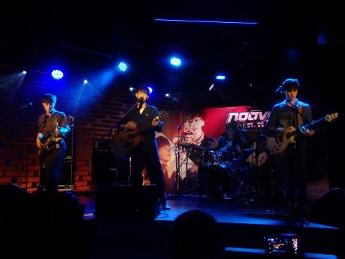 7月に台湾で行われたフルアルバム「ONE」発表記者会見で生演奏を披露したnoovy