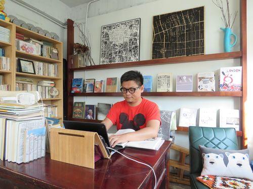 林廷璋さんは自分が好きな台北市中山区で民家を借り、時間制の小さな図書館を設立した。