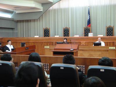 最高裁、日本に情報を漏らす台湾人  実刑判決