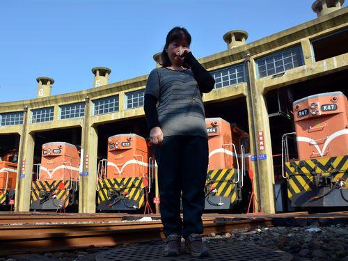 台湾鉄道、一斉警笛で2年前殉職の運転士を追悼