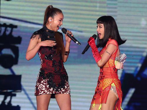 安室奈美恵、台湾の歌姫ジョリン・ツァイとステージ初競演