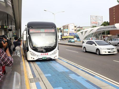 台湾・台中市、きょうからバス路線再編  前市長推進のBRTは廃止に