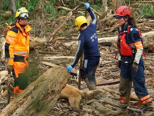 日本の救助隊、台風13号の災害支援活動に参加  住民から感謝/台湾