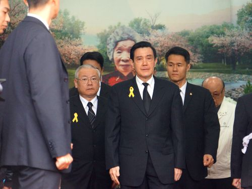 馬総統、台湾元慰安婦の告別式に参列  謝罪など対日要求「諦めない」