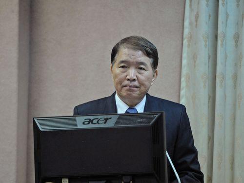 高広圻国防部長