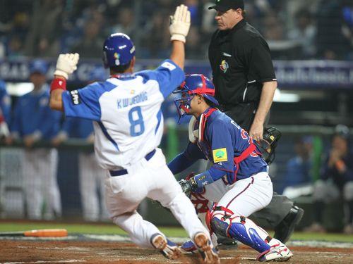 台湾、WBC招致断念  韓国開催なるか  「米大リーグにやられた」=関係者
