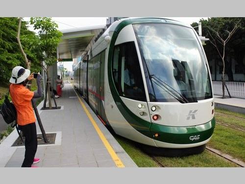 <高雄ライトレール>第1期区間、来年6月までに全線開業か/台湾