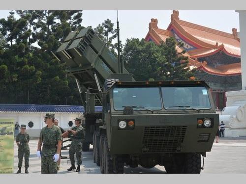 台北市内にパトリオットミサイル  志願兵募集PRで/台湾