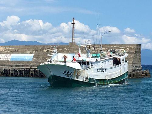 沖ノ鳥近海で4月、日本の海上保安庁に拿捕された台湾漁船「東聖吉16号」