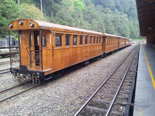 阿里山森林鉄道管理処提供