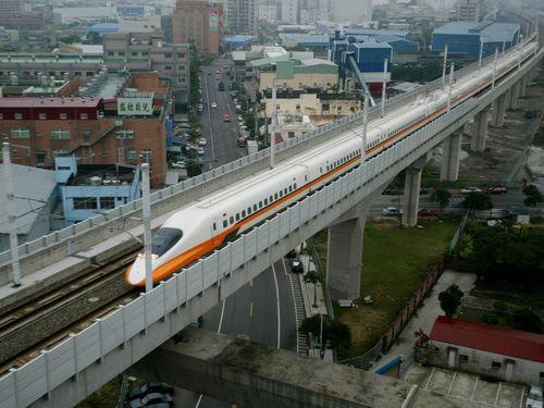 新幹線の延伸望む屏東県、交通相が「慎重」表明で反発/台湾