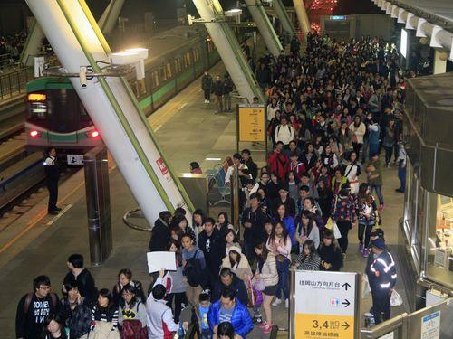 高雄メトロ、前倒しで黒字化達成  輸送人員増加などで/台湾