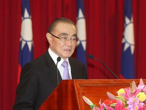 国防相、「空港周辺で違法に飛行のドローンは撃墜」/台湾
