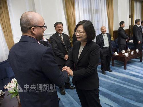 同性婚:蔡総統、賛否双方と意思疎通 継続した対話約束/台湾
