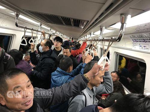 <空港線>運転時間延長、桃園市長が利用呼びかけ/台湾
