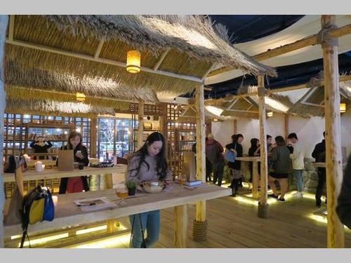 クラフトビールバー、若者の街・西門に登場  地域盛り上げ目指す/台湾