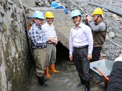 台湾の水道事業者幹部ら、日本時代建設の地下ダム視察