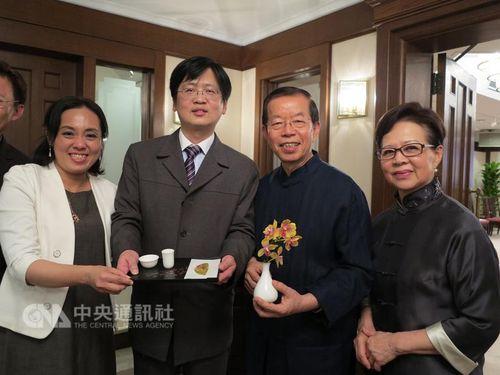 霞会館が駐日代表公邸に桜植樹  10周年で記念の茶会/台湾