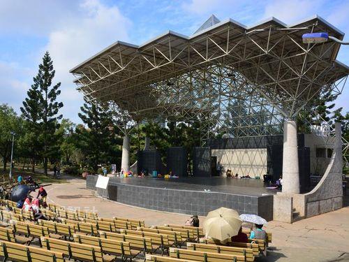 メイデイ、思い出の公園で無料ライブ開催へ  生息のホタルにも配慮/台湾