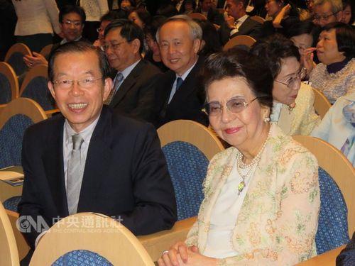 安倍首相の母、台湾の民謡「望春風」を賞賛=台日文化芸術交流音楽会