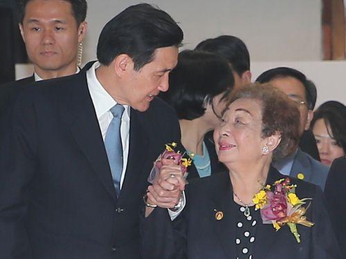 台湾人元慰安婦が死去 馬英九前総統「日本の軍閥の残虐さを批判し続ける」