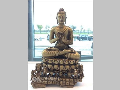 故宮南院特別展、台湾新幹線・嘉義駅で開幕 アジア文物の美しさ伝える