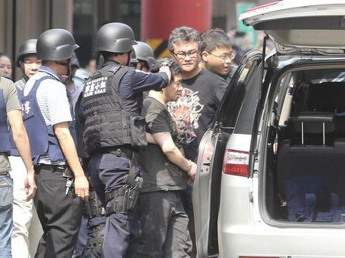 指名手配の男が拳銃発砲  銃撃戦で繁華街騒然…約3時間後に逮捕/台湾