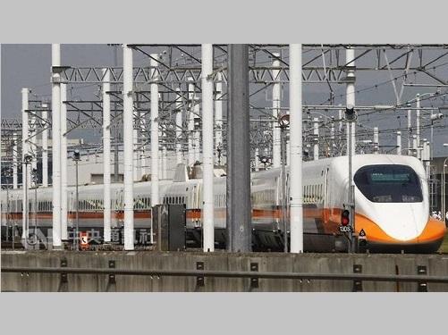 台灣新幹線の回送列車 誤った線路走行 人的ミスで