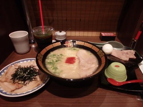 「日本と同じ味を」  博多ラーメンの一蘭、台湾店を現地メディアに公開