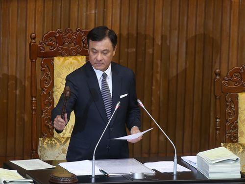 公務員年金の新制度、来年7月に施行へ=法案が国会通過/台湾