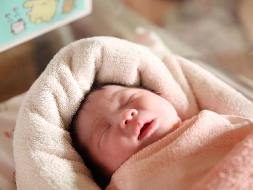 台湾、少子化が進行  出生数20万人割れか