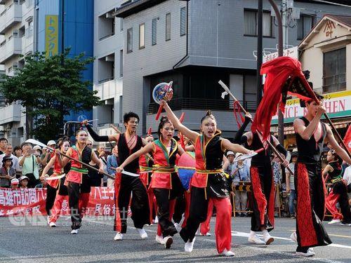 高雄市長、八王子まつりに出席  友好都市の市制100周年を祝う/台湾