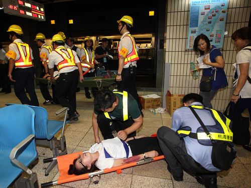 ユニバまで1週間 台北駅で緊急時対応の訓練/台湾