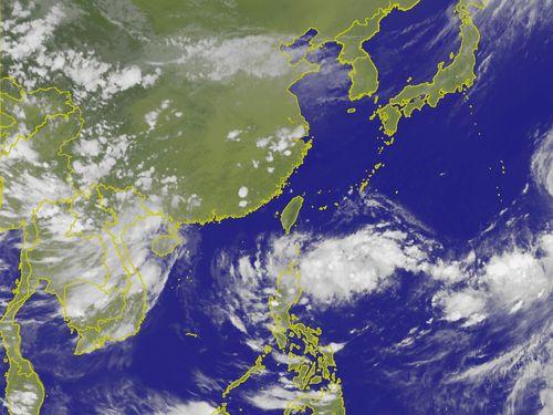 29日午後5時半現在の台湾付近の衛星画像=中央気象局提供