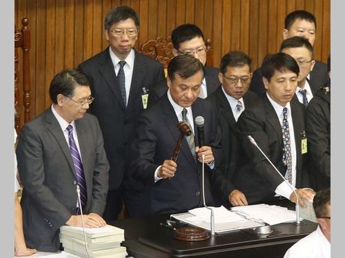 蔡政権のインフラ整備計画、第1期特別予算案が国会通過/台湾