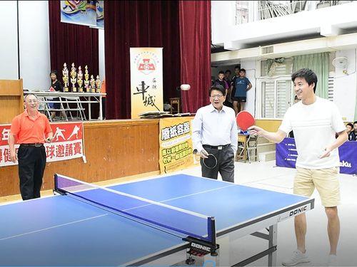 江宏傑、地方の子どもに卓球の楽しさ伝える 妻の福原愛もビデオで声援