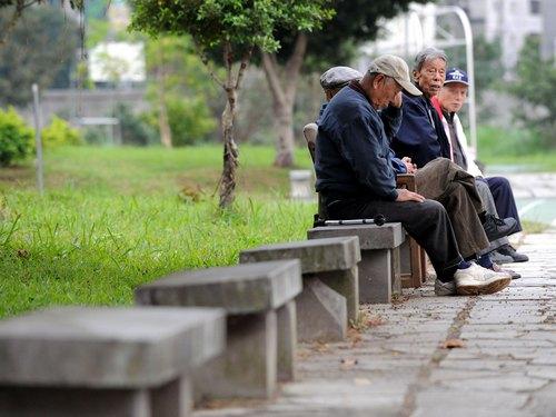 台湾人の平均寿命は80歳 直轄6市では台北市が最長寿=内政部