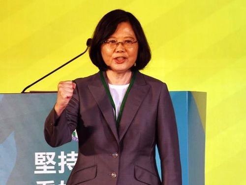 蔡総統、党大会の談話で「新しい両岸関係を模索」陳水扁氏には触れず/台湾