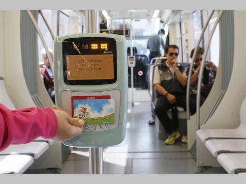 <高雄LRT>運賃徴収、あすから  ICカード利用で一律約40円に/台湾