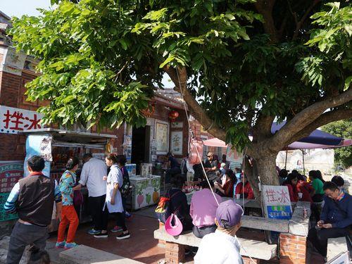 「金門民俗文化村」を訪れる観光客ら