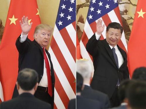 トランプ氏(左)と習近平氏(右)