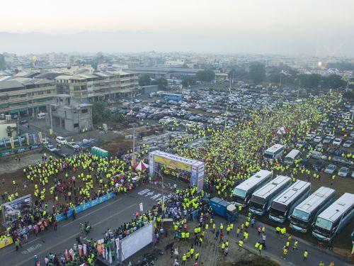 台湾の米どころでマラソン大会  1万5千人が参加  彰化県の魅力伝える