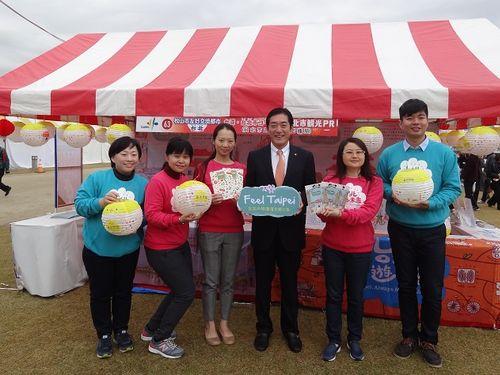 中村時広・愛媛県知事(右から3人目)=台北市政府観光伝播局提供